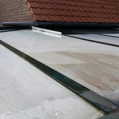 Nettoyage de toiture polycarbonnate à l'eau pure