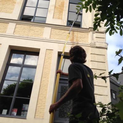 Nettoyage de vitres à l'eau pure