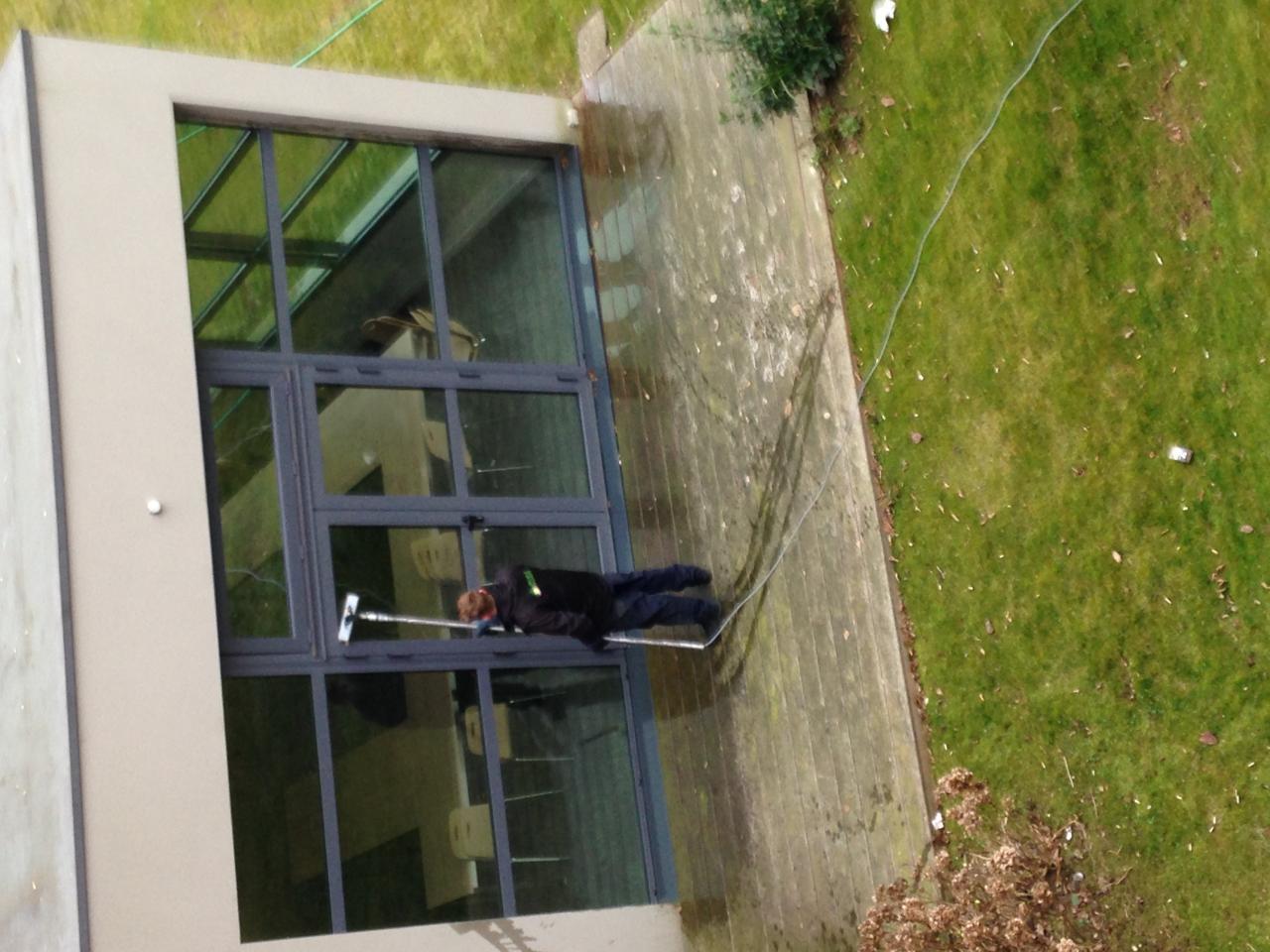 Nettoyage de vitres d'hôtel Ibis Style
