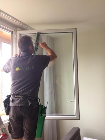 Nettoyage de vitres à l'américaine